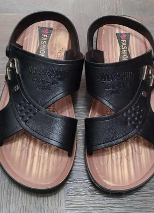 Пляжные сандалии, босоножки резиновые.