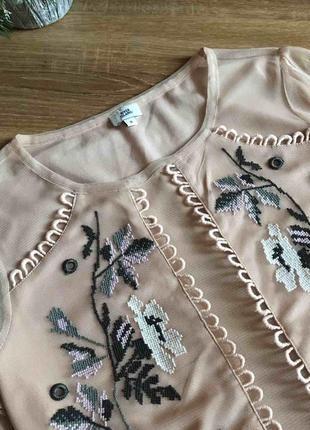 Нарядна блуза вишивка