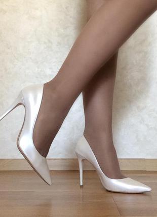 Кожанные туфли белые mario muzi