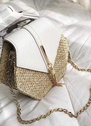 Сумочка клатч плетеная соломенная маленькая сумка шестигранная белая
