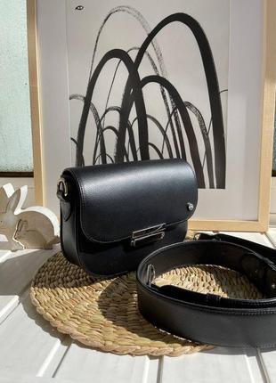 Черная кожаная сумка на каждый день