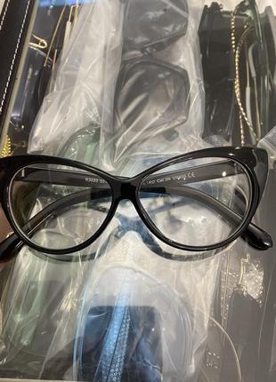 Имиджевые очки miu miu