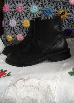 """Супер ботинки весенне-осенние черного цвета,100%кожа,р.40,стелька 27см.""""office""""."""