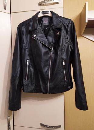 Новая куртка, кожанка primark