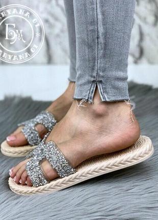Модные шлепанцы silver diamond по суперцене
