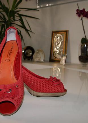Туфли marco tozzi с открытым носком и перфорацией.