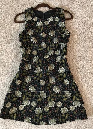 Стильное вечернее коктейльное платье осенний принт от zara