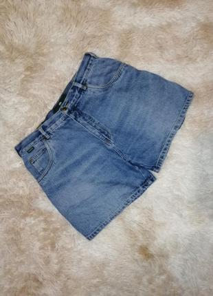 Стильные фирменные джинсовые шорты батал на пышные формы