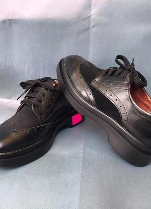 Жіноче взуття ( туфлі )