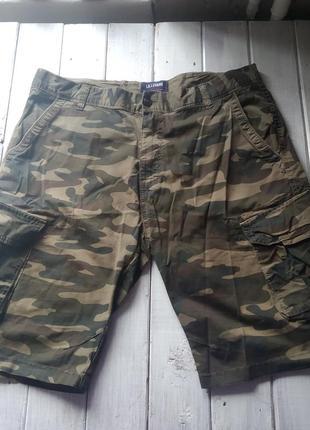 Камуфляжные шорты милитари