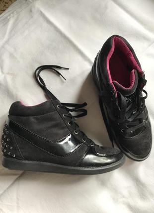 Ботинки, кроссовки, сникерсы