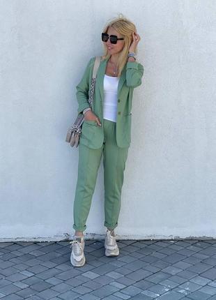 Брючный льняной костюм пиджак и штаны
