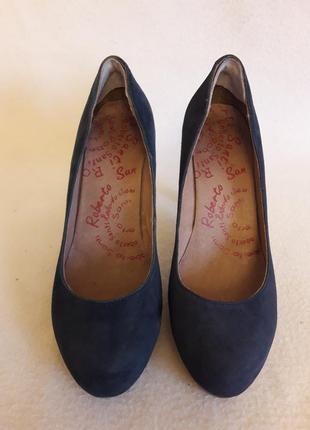 Кожаные туфли лодочки фирмы roberto santi p. 38 стелька 25 см