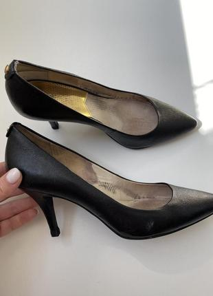 Michael kors кожаные туфли