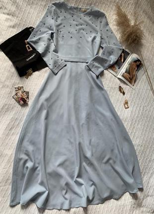 Шикарное длинное голубой платье  azze