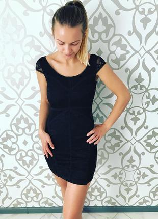 Платье чёрное актуально вечернее коктейльное