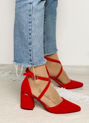Червоні туфлі з екозамшу на каблуку ❣️