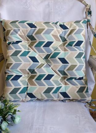 Подушка на стул с водоотталкивающей ткани 40*40 см