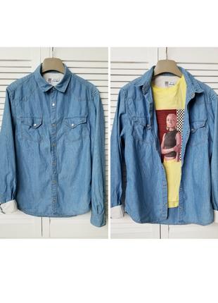 Стильная женская джинсовая рубашка оверсайз