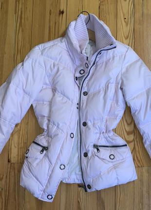 Розовая зимняя куртка m с затяжкой на талии esprit