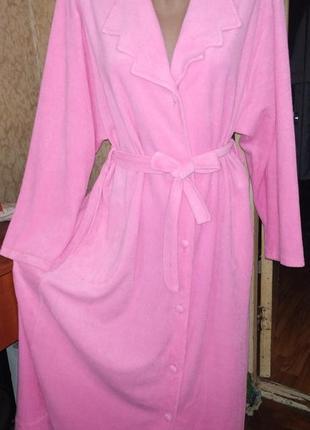 Розовый хорошенький махровый халат на пуговицах с поясом 50/58