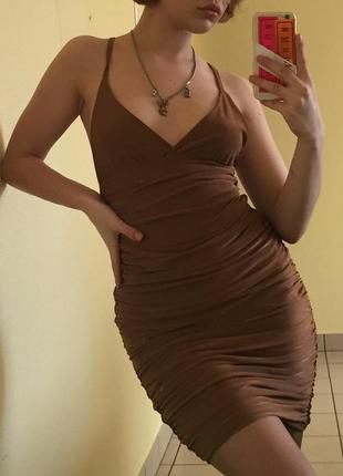 Коктельное платье missguided
