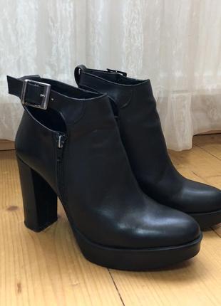 Черевики з натуральної шкіри [ботинки, натуральная кожа]