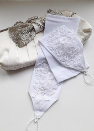 Перчатки летние белого цвета до локтя