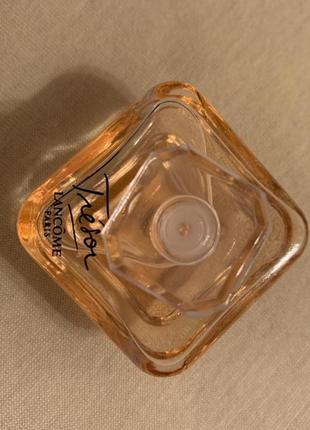 Tresor от бренда lancome 4 ml миниатюра