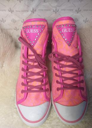 Яркие розовые кеды guess, гипюр,  кружево, хайтопы,высокие кроссовки с камнями ,оригинал.