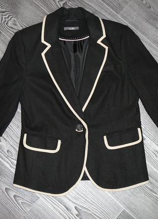 Красивый пиджак лен+вискоза  (черный +бежевая отделка )