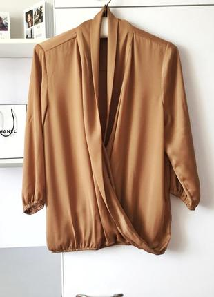 Очень красивая блуза на запах шеколадного цвета от more&more