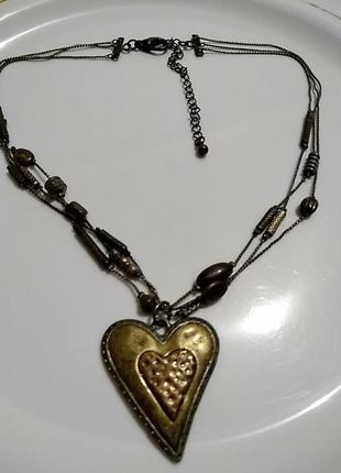 Чокер с сердцем на тройной цепочке из металла