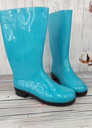 Яркие голубые светлые сапоги резиновые бирюзовые высокие