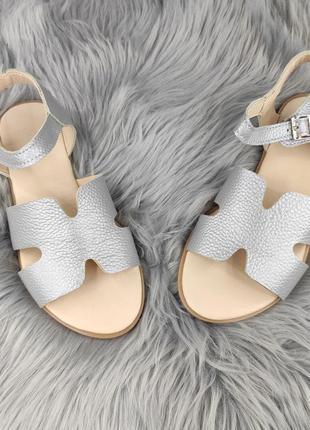 Кожаные❗ босоножки сеебро бежевые модные