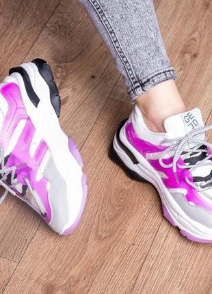 Стильные трендовые яркие розовые кроссовки из эко-кожи весна весенние