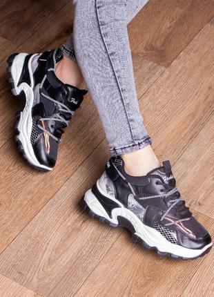 Стильные трендовые необычные кроссовки из эко-кожи весна весенние кроссы
