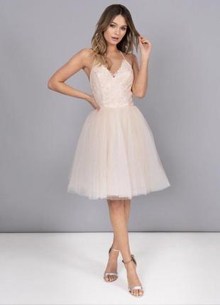 Платье с фатиновой юбкой chi chi london