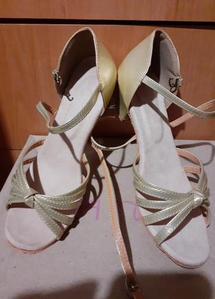 Босоножки для танцев1 фото