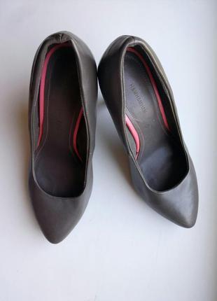 Туфли лодочки на каблуке серые 37 h&m