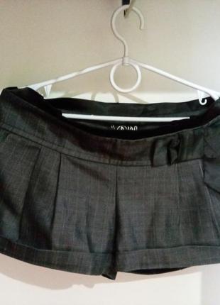Классические короткие шорты