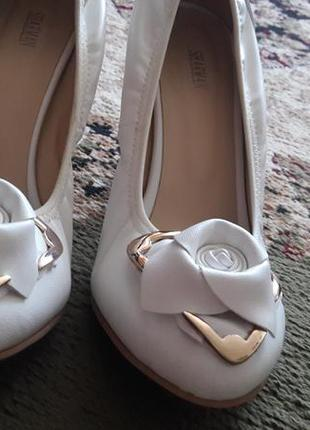 Белые туфли sharman 38р1 фото