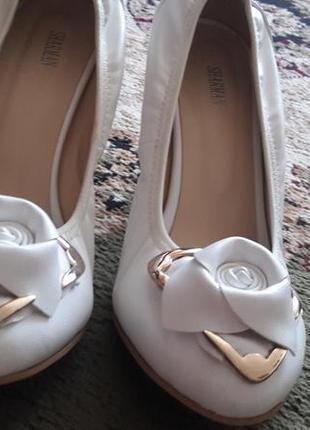 Белые туфли sharman 38р2 фото