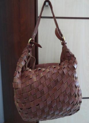 Большущая сумка из натуральной кожи