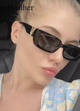 Самые модные солнцезащитные очки 2021 года в стиле versace