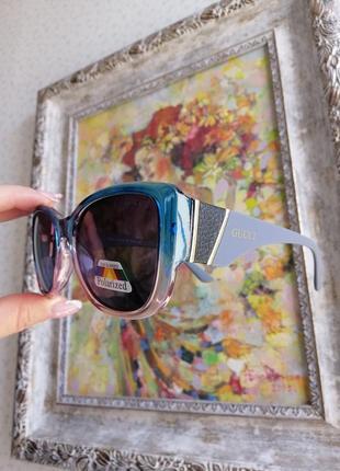 Брендовые эксклюзивные солнцезащитные женские очки в двух цветной трендовой оправе 2021!