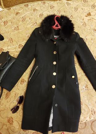Пальто осенне зименее modus