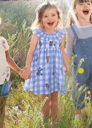Next красивое  летнее платье в клетку с вышивкой. 3-4 года