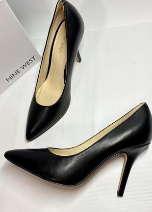 Женские черные кожаные туфли лодочки на каблуке nine west