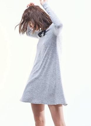 Серое платье а-силуэта от stradivarius. s. новое.